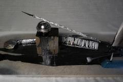 Stilleben-nr-7.-30-x-18-x-60-cm-blandet-materiale-20121